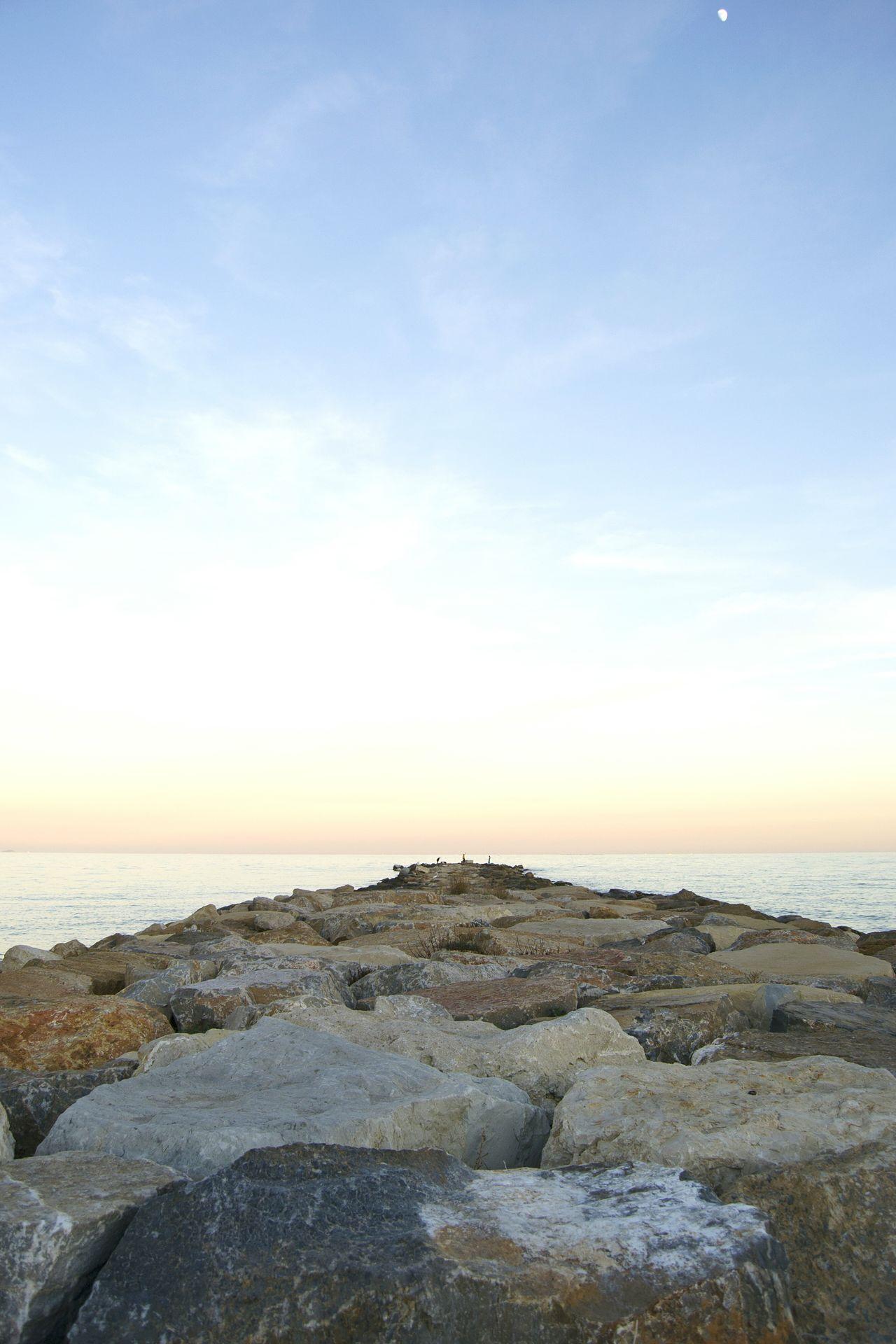 Espigon Beach Beachphotography Relaxing El Campello Alicante, Spain Alicante Sea Sea And Sky Seaside Seascape Sea View Fisherman Sunset Sunset_collection Perspective Point Of View Stones Stonestructures Far Horizon Over Water Horizon Calm Calm Sea Stones & Water