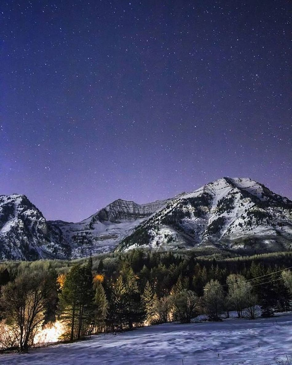 Throwbackthursday  I've been neglecting @timpanogos lately something in must rectify. This is one of my favorites I've ever taken of her. Next clear night I'll probably be out freezing up here. TBT  Timpstagram Utah Timpanogos Winter Winterishere Frozenlandscape Utahwinter Nightsky Itsfullofstars Starrynight Ig_astrophotography Visitutahvalley