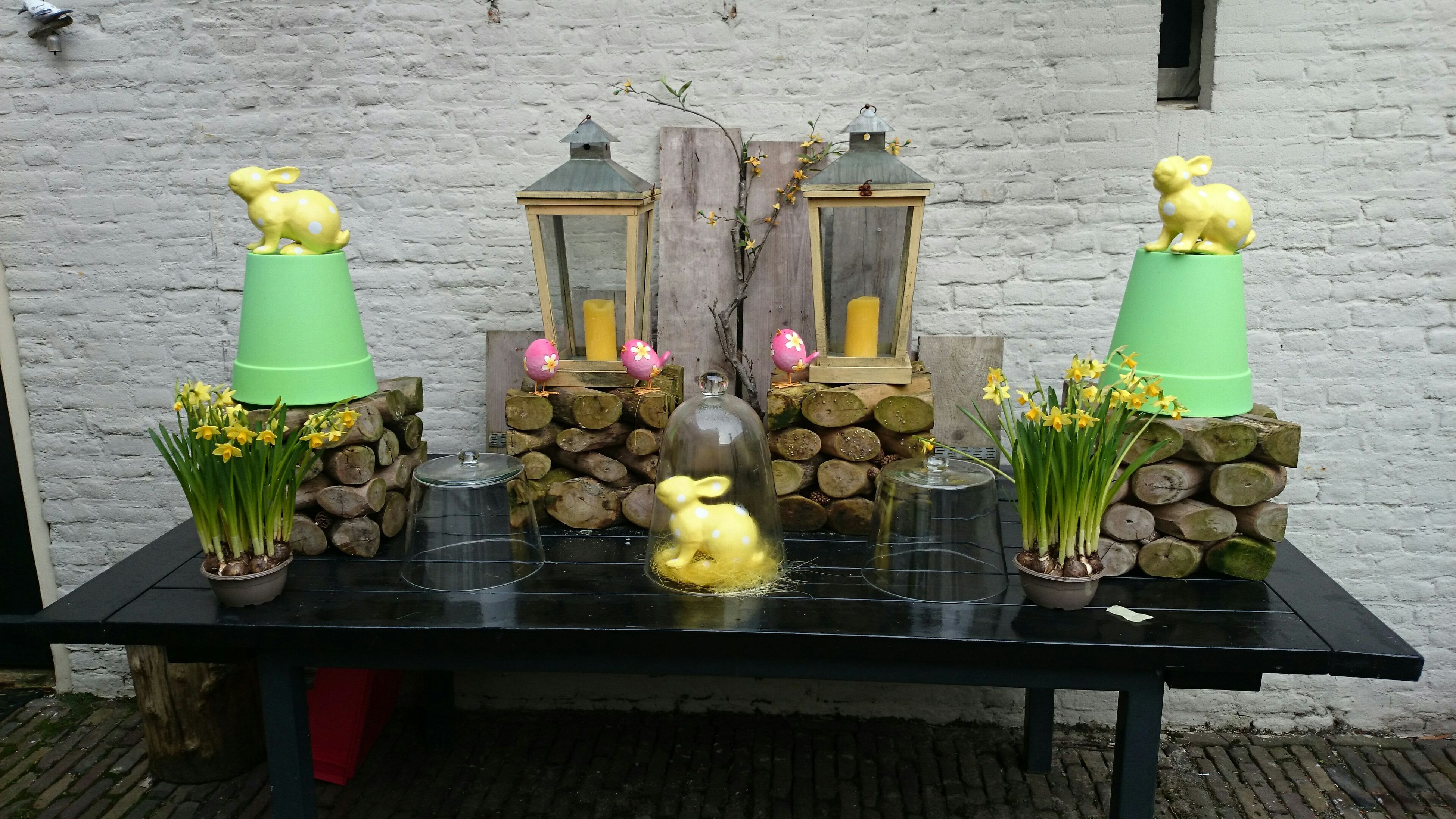 Easter is coming. The table is already read. People Watching Getting In Touch Excercising Escaping WorkTime Capturedmoment Relaxing Working Hard Netherlands Winter