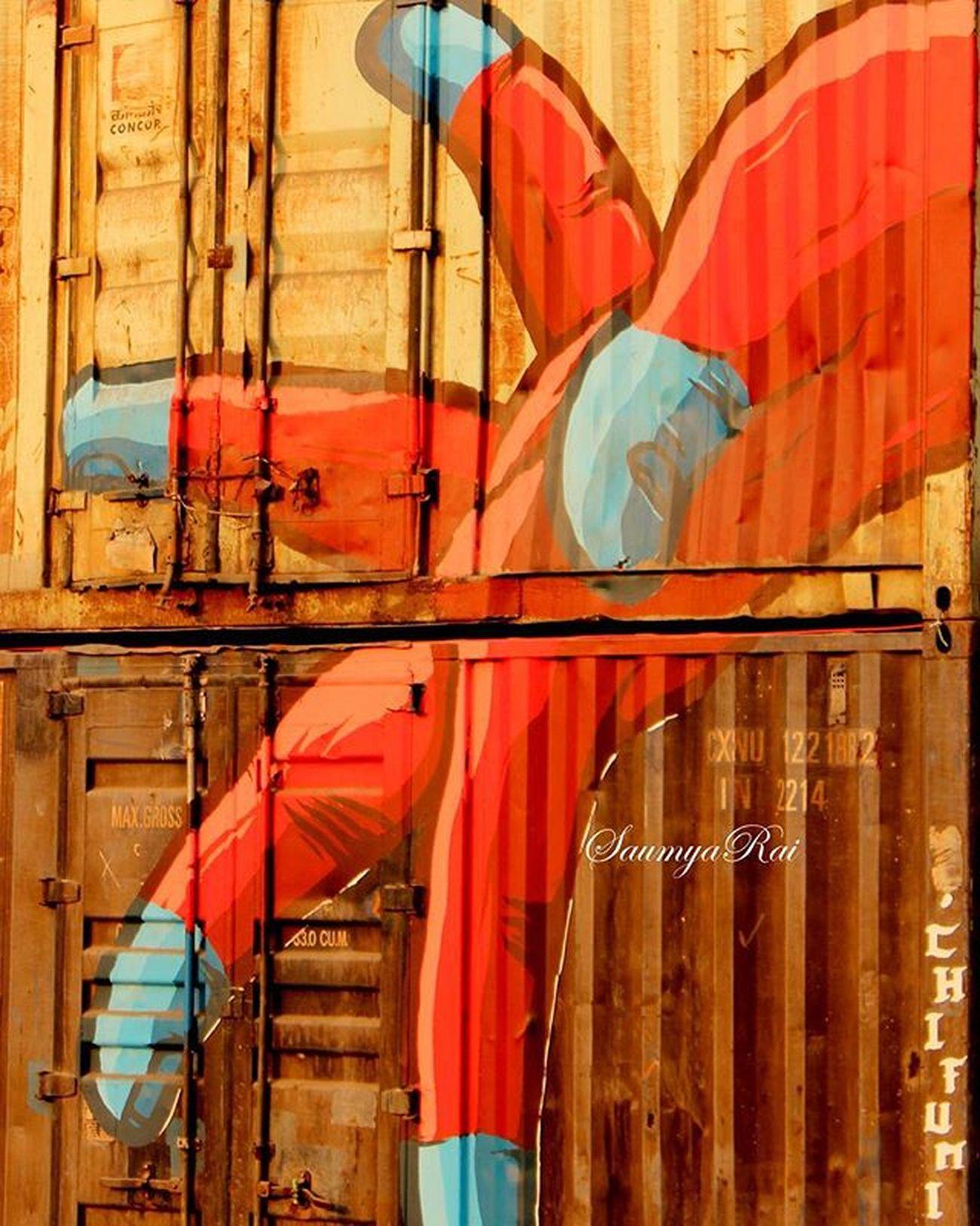 Khali haath aaye the hum🙌... khali haath jayege...🙋 Concoricdtkd Streetartfestival Streetart Hands Ruleoflife Startindia2016 Wip Streetart Delhi Mural Instagraffiti Art Sprayart Inspiration _soi _indiasb Mypixeldiary Forlocalinsider Travelfire Storiesofindia Indiaclicks Click_india_click Igramming_india Vscoindia Vscodelhi dfordelhi instadelhi