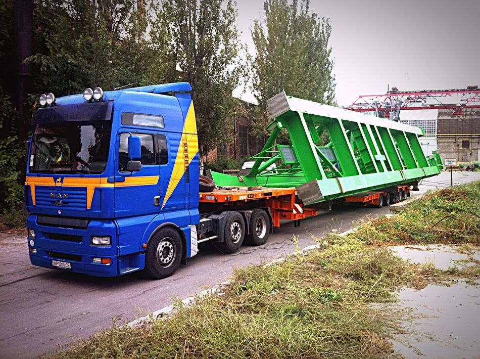 Oversize Truck Man Crane Cranes Loading Driver Vechicle Long Vehicle
