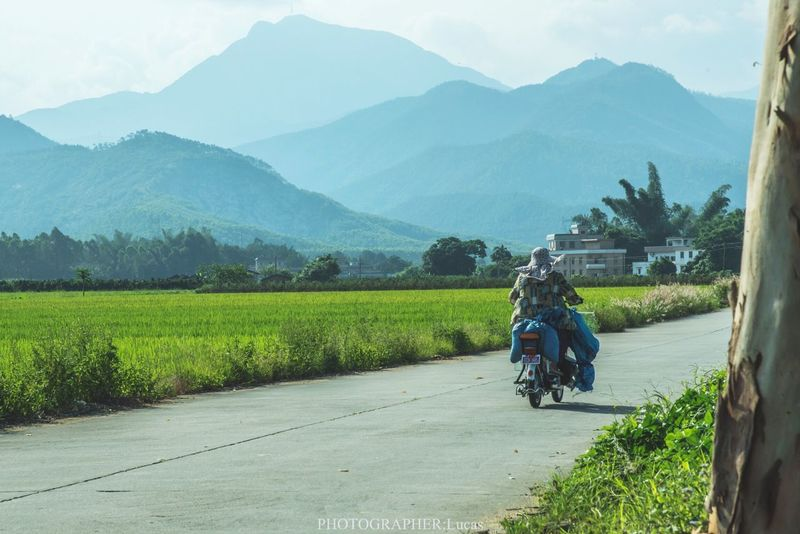 Countryside Village Road Mountains Green Motorcycles EyeEm Nature Lover EyeEm EyeEm Gallery Today's Hot Look Alone Go Home Homesick