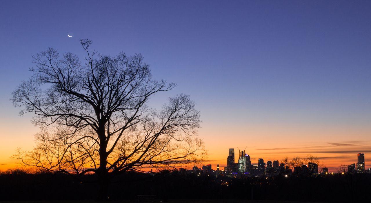 Philadelphia Skyline Sunrise Silhouette Architecture City Travel Destinations Belmont Plateau EyeEm Gallery Cityscape Taking Photos