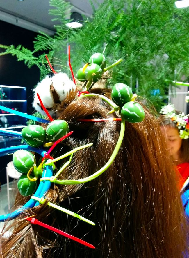 Hair Hairstyle Nature Art Happening Vernissage Green Zipties Cables Cotton