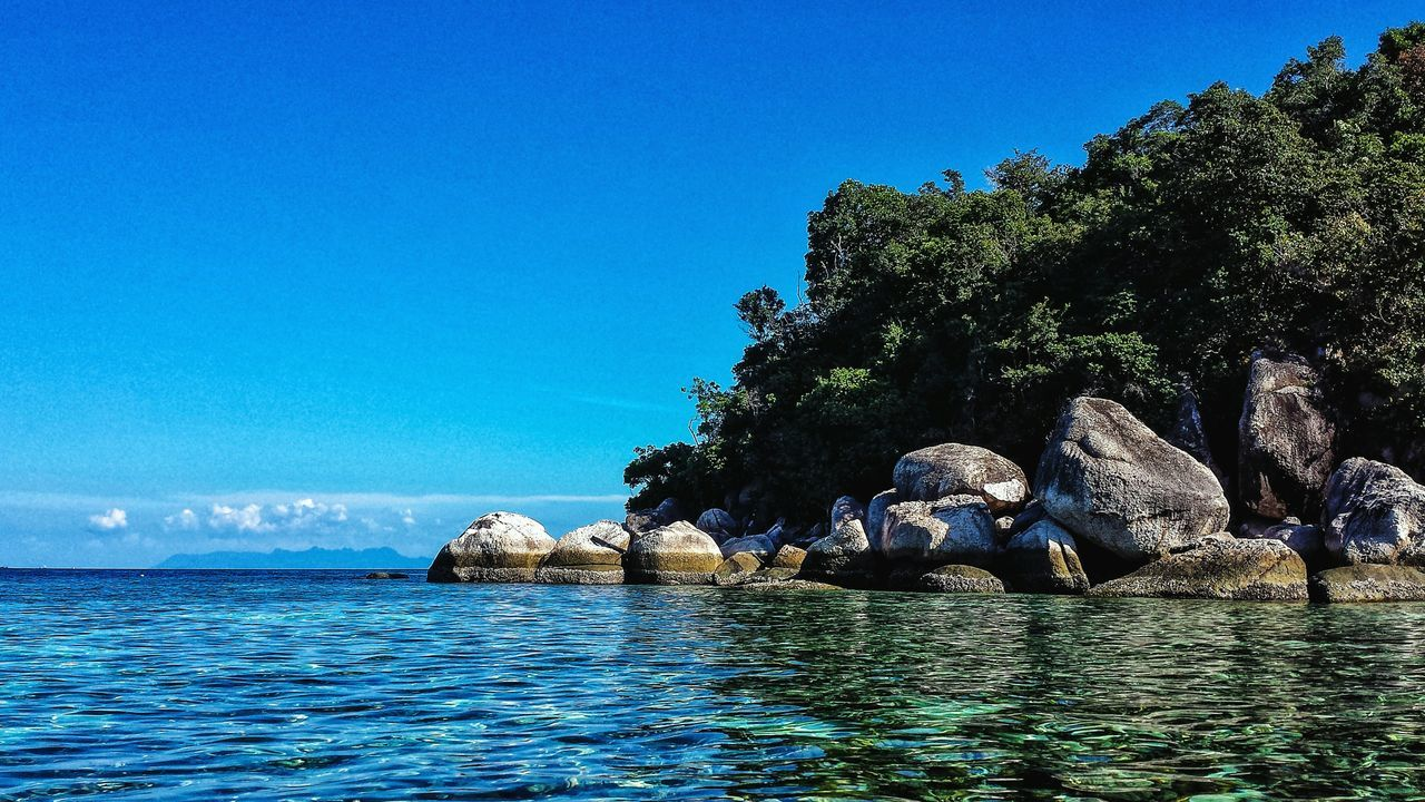 Thailand Showcase: January Landscape Island Blue Sky Seascape Southern Thailand Outdoors Southeast Asia Afternoon ASIA Andaman Sea Ocean Coral Clear Water Water Koh Lipe Ko Lipe Boulder Satun Satun Province Spotted In Thailand Malacca Strait