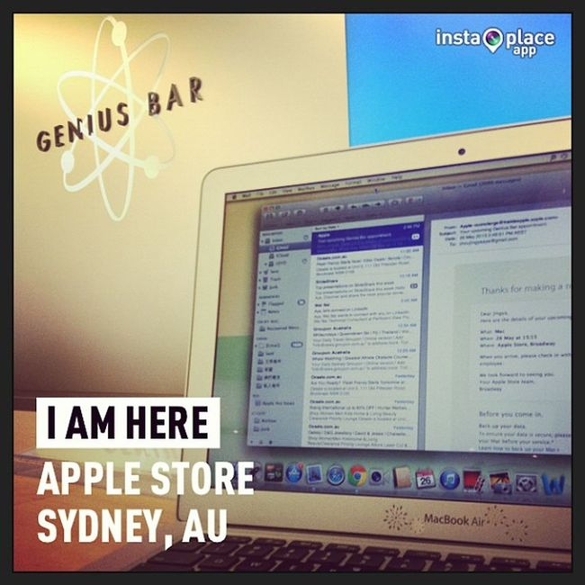 InstaPlace Instaplaceapp Instagood Photooftheday instamood picoftheday instadaily photo instacool instapic picture pic @instaplacemobi place earth world australia AU sydney applestore shopping street day MacBook mac iPhone apple applestore