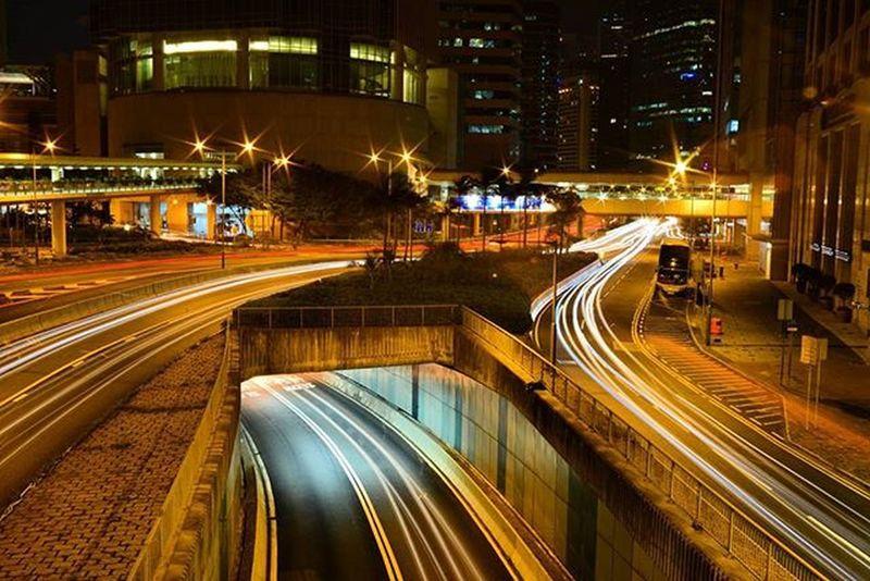 Vivitar28mm Nightofhk Nikond600 Photographer Trafficlighthongkong Trafficlight Hongkongnight Hongkongcentral Nightmate Longexposure