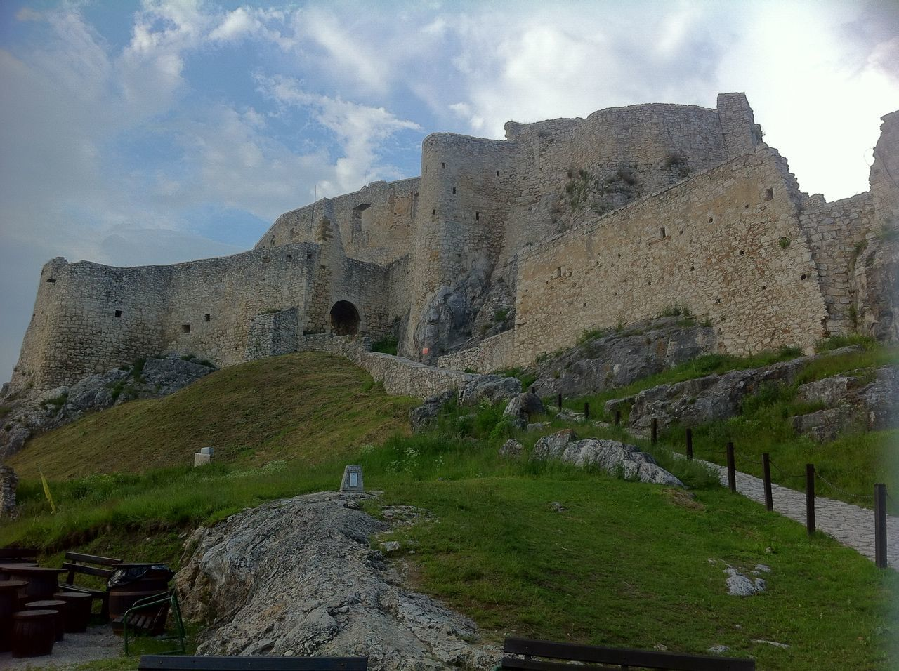 Castle ruins at Czech Republic Architecture Castel Castle Castle Ruin Castle View  Castle Walls Castles Czech Republic Old Architecture Outdoors Stone Wall Stonestructures Walls