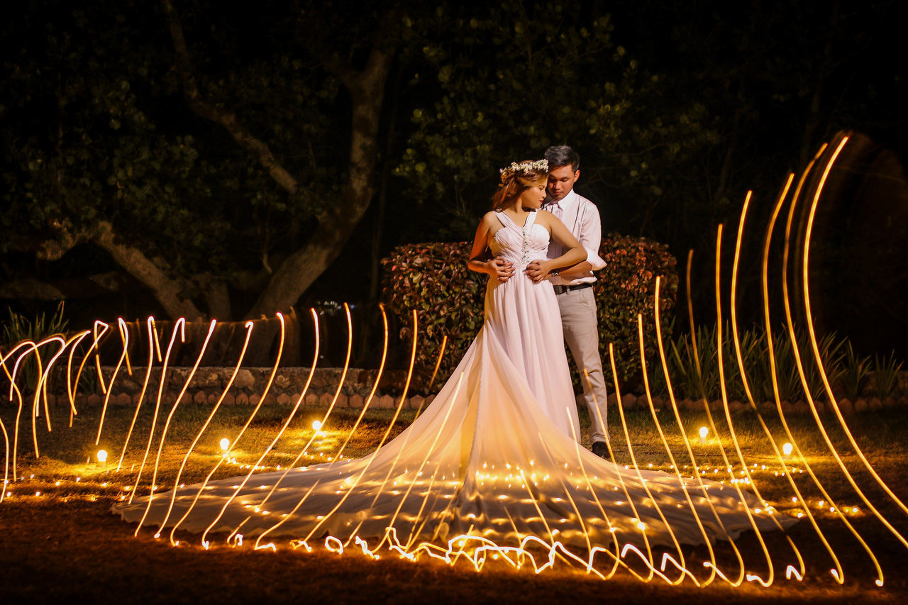 Love even in the night.. #couple #lighting #nightshot #outdoor #photography #photoshoot  #prewedding #wedding First Eyeem Photo