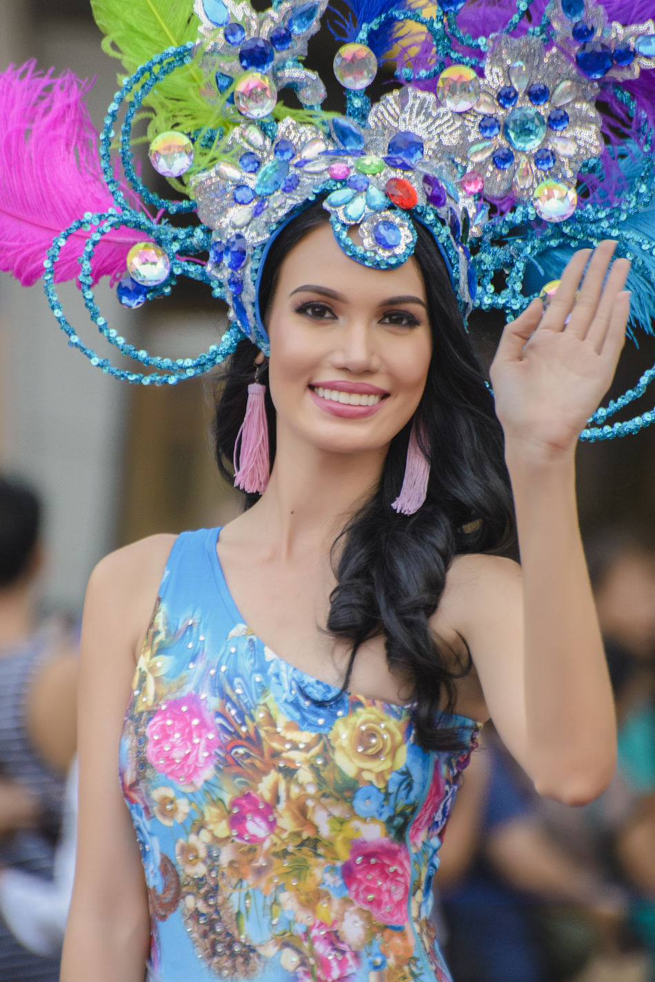 Bb. Pilipinas Beautiful Woman Beauty Queen Carnival Celebration Colorful Eyeem Philippines Filipina Filipina Beauty Florals Front View Happiness Headress Lifestyles Looking At Camera Multi Colored One Person Parade Philippines Portrait Real People Smiling Traditional Clothing Young Adult Young Women Art Is Everywhere
