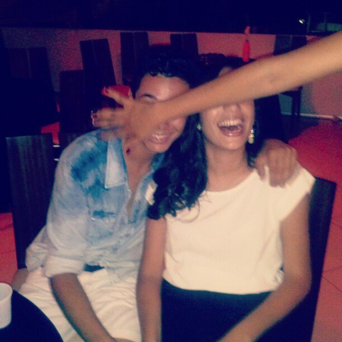 @_dudarocha super atrapalhando nossa foto não é @crisolimpioo ? kkkk Recalque