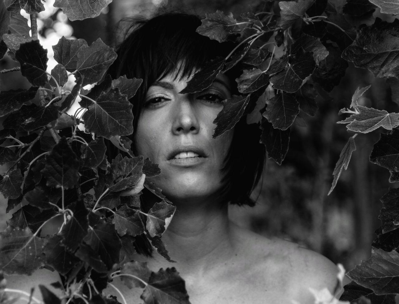 Beautiful Woman Beautiful People Women Nature Eyeemphotography Female Community My Bw Obsession The Portraitist - 2017 EyeEm Awards