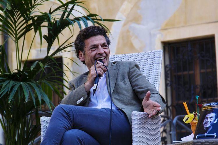 Ninnibruschetta Actor Italianactor Speech Smile Meeting
