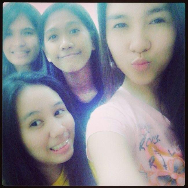 When we get bored!!! ... that's US! Maaaa, gurls!.. Room2 Selfie