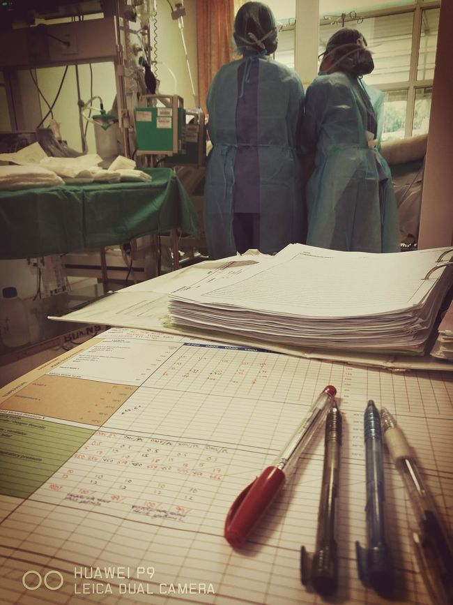 Nurseslife Saving Lives Nurses Are Unsung Heroes Nurse_on_duty Nurse ILoveMyJob