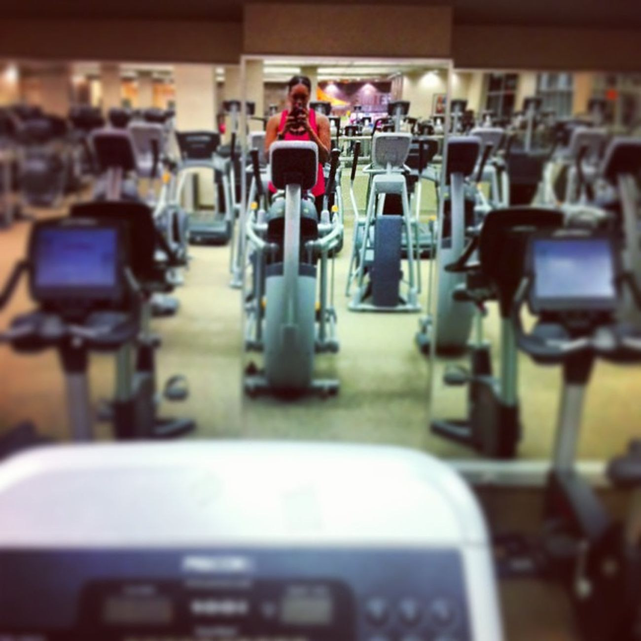 I'm bout it bout it ¯\_(ツ)_/¯ worked 8-8 & still made it here ?Cardio Climbfaster Latenight LTF
