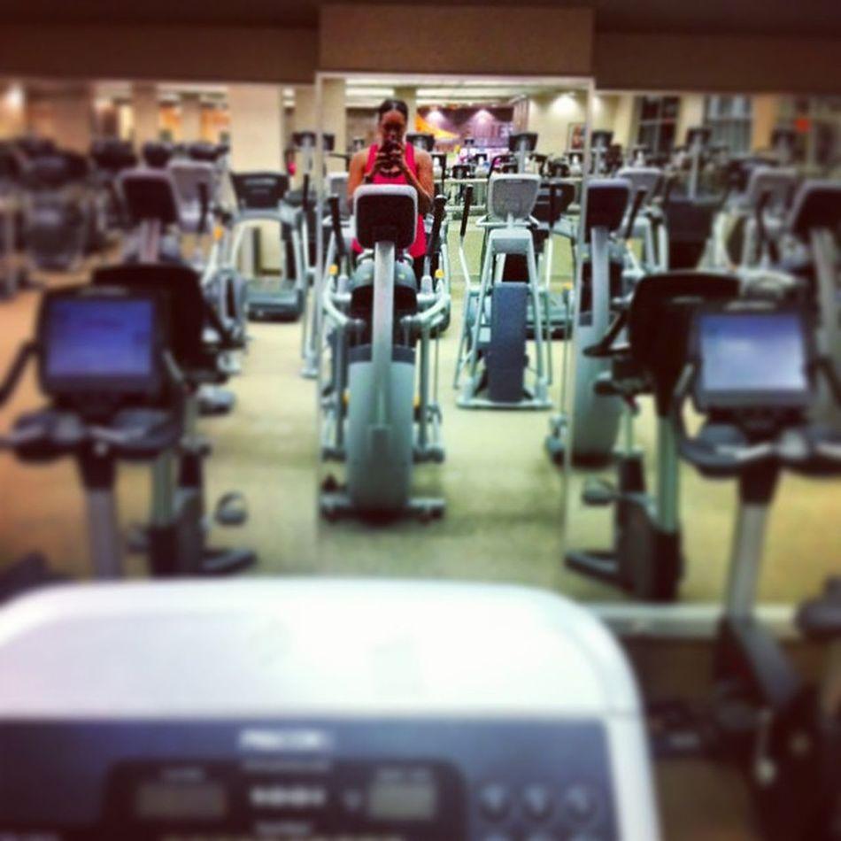 I'm bout it bout it ¯\_(ツ)_/¯ worked 8-8 & still made it here ?Cardio Climbfaster Latenight LTF