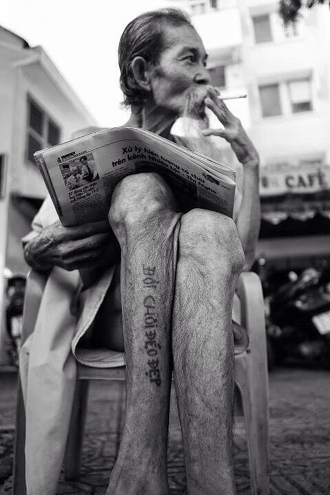 Tatoo Streetphotography Oldman Smoking Vietnam Blackandwhite đói Chơi đéo đẹp Life