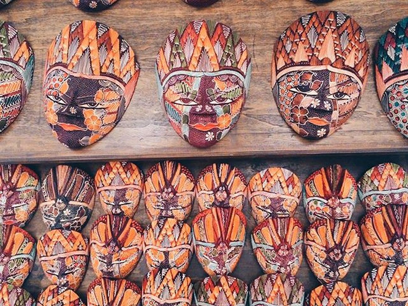 So many mask. Just show your face. Mobilephotography Kamerahapegw