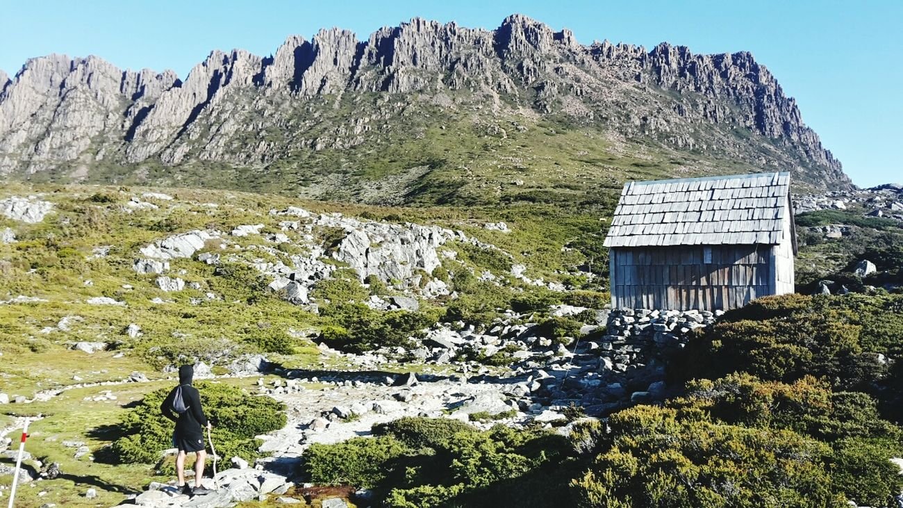 Edge Of The World Cradle Mountain Mountain Mountain_collection Mountain Hiking Chalet On The Mountains Hello World Beautiful Nature Landscape_photography At The Edge Of The World Beautiful Colours Tasmania Landscape_Collection Hikingadventures