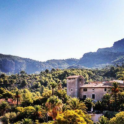 Good morning sunny Mallorca, good morning Tramuntana, good morning world. Time for a coffee. Portdesóller Mallorca Baleares Weather