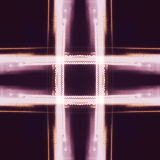 Light cross Visualecho Mirror Mirrorlink Long_exposure double_exposure mobile_photo mobile_edit pure_view light cross line igersoftheday igerspoland ig_shots best_shots daily_photoz insta_light lightporn ig_best Lumia 920 mobilnytydzien