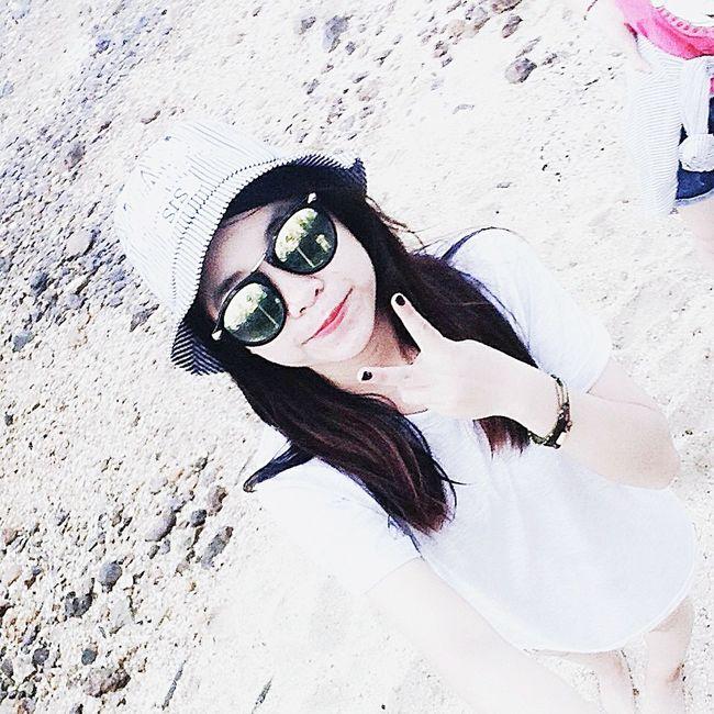 Hi! I'm Phuong Hoa Love ♥ Beach Loveit Himm <3  Love♡ Vietnamese Peoplephotography Hello World