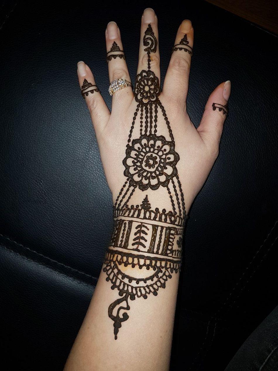 Human Body Part Human Hand Arts Culture And Entertainment Close-up Mehndi MehndiDesign MehndiHenna Henna Tattoo Henna Artist