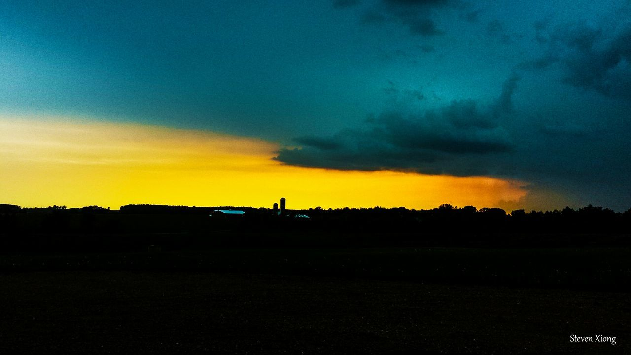 silhouette, sunset, beauty in nature, nature, field, sky, scenics, landscape, tranquility, tranquil scene, tree, cloud - sky, outdoors, no people, day