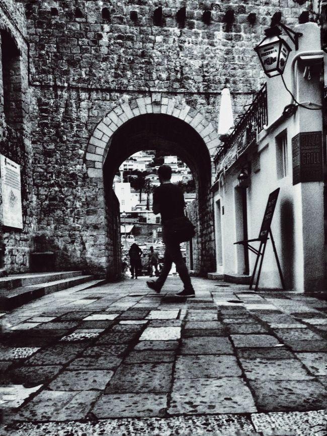 Croatia Dubrovnik Dubrovnik, Croatia Dubrovnik - Croatia❤ IPhone IPhoneography Iphoneonly IPhone Photography Travel Travel Photography Superciaowei Upclose Street Photography Black&white Blackandwhite Photography Blackandwhitephotography Black And White Photography Black & White Iphonephotography Black And White Blackandwhite Blacknwhite The Street Photographer - 2016 EyeEm Awards 2016 EyeEm Awards The Great Outdoors - 2016 EyeEm Awards Original Experiences