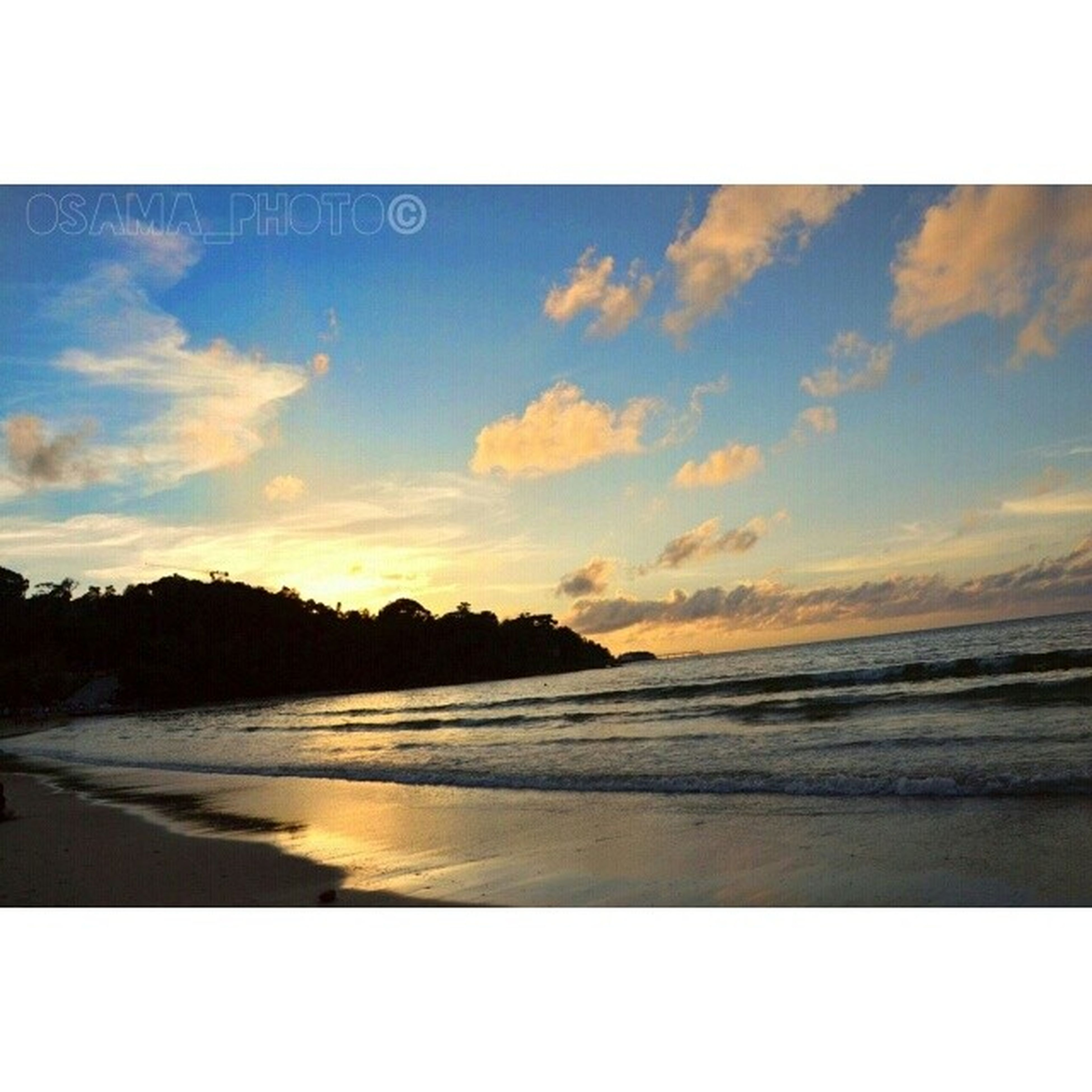 water, beach, sea, transfer print, scenics, tranquil scene, sky, beauty in nature, shore, tranquility, sunset, auto post production filter, horizon over water, nature, sand, idyllic, cloud - sky, coastline, wave, reflection