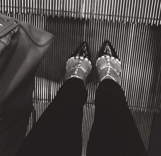 Blackandwhite Rockstud Valentino Shoes Tods Dbag TheMinimals (less Edit Juxt Photography)