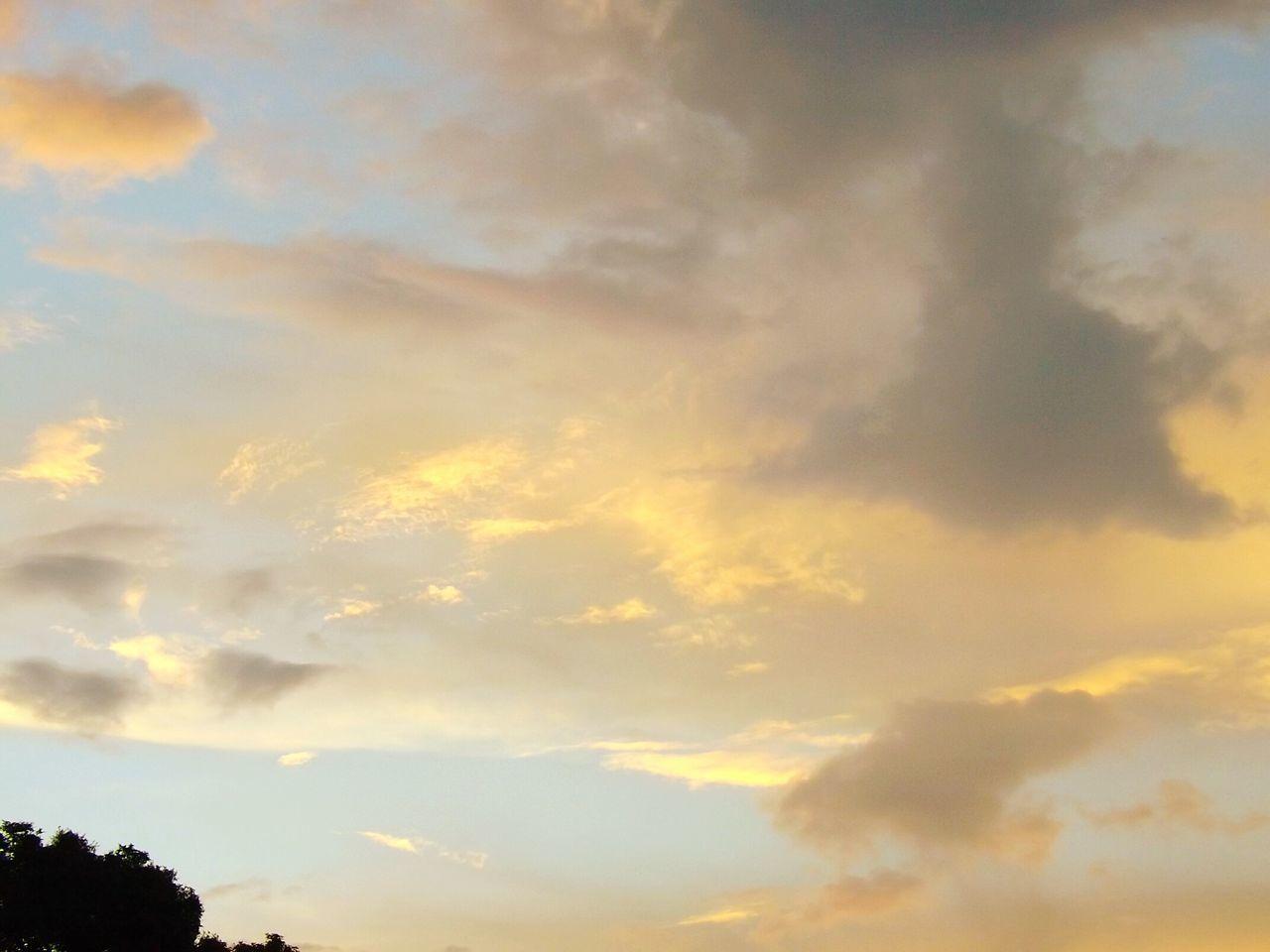 Colombia Es Bella Paisaje Natural Naturaleza En La Ciudad Colombia Art Nubes Y Cielo Nubesdetuciudad Jilroa Panasonic Dmc Lz40