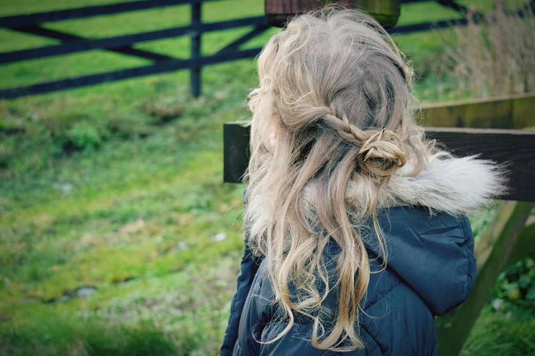Real People Blond Hair Outdoors Nature Ireland Focus On Foreground One Person Nature