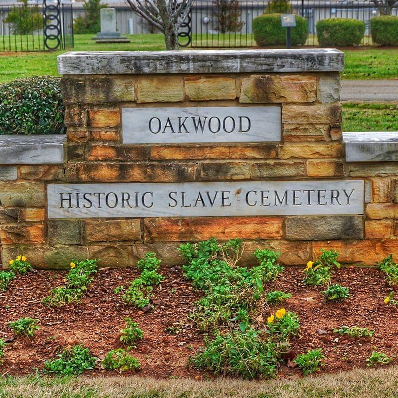 Oakwood Historic Slave Cemetery. Slaves Slavecemetery Oakwooduniversity Huntsvillealabama