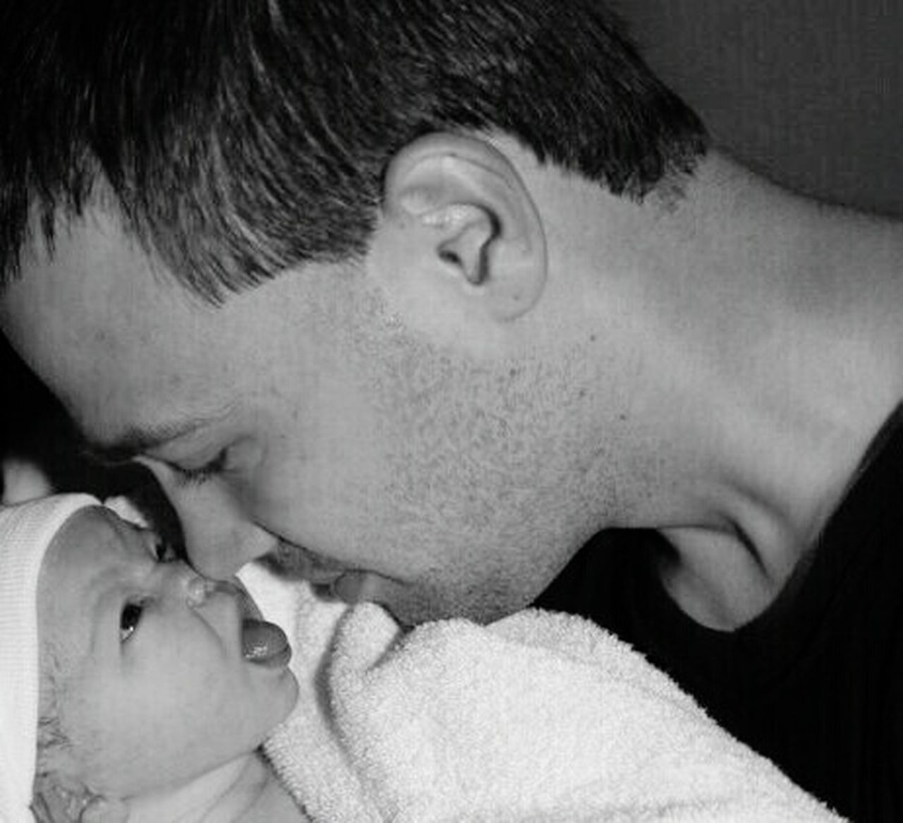 Pure Love Eternal Love Miracle Of Life Newborn Father And Daughter. Birth Daddy's Girl Lovelovelove Natural Love Breathtaking First Thing I See First Love Affection Baby Photography Baby ❤ Simply Beautiful! Dream Comes True! Love Of A Lifetime Precious Moments Of Life Sweet Baby ❤ Love Runs Deep From The First Moment We Met Purest Form Of Love