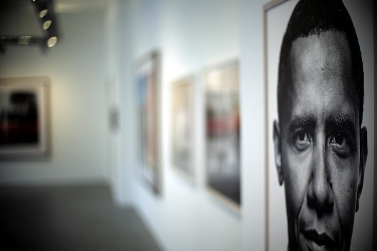 Obama, just history... Arts Culture And Entertainment Barack Obama Blurred Background Galery Headshot Indoors  Museum Obama One Man Only One Person Portrait Vienna