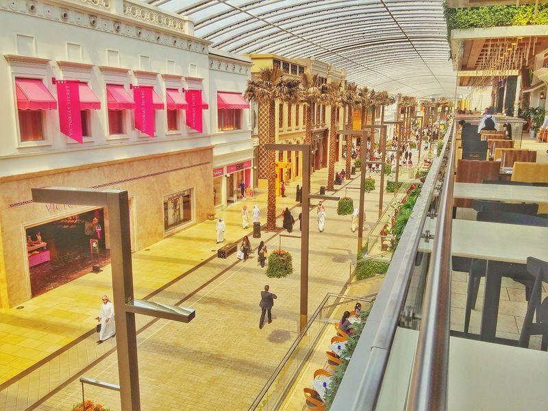 Kuwait Avenues Mall Phase 3 Hangout Peacefull Walk Area Shopping First Eyeem Photo