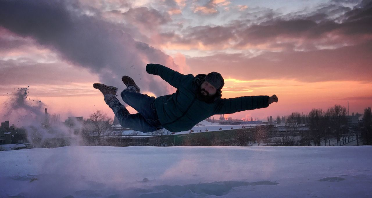 Sunset One Person Sky Winter Outdoors Adventure Superman Funtimes Cloud - Sky Officeview Beauty In Nature City