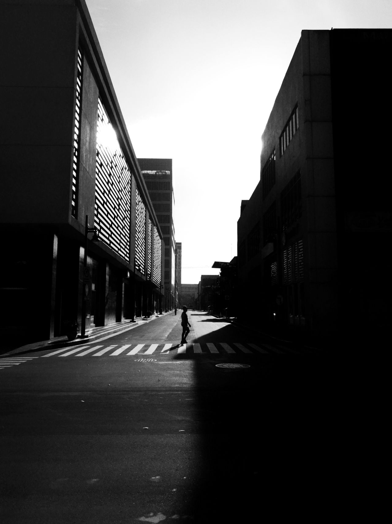 Eyeem Philippines city Outdoors Architecture Sky Streetphotography Men Huawei P9 Plus Silhouette Day One Man Only Oo Streetphoto_bw Street Art