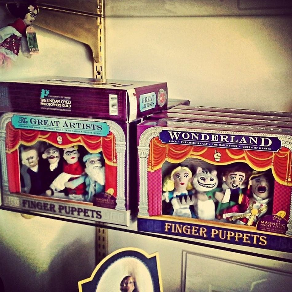 Digitally Entertain The One You Love This Valentine's Day $25.00 per set Finger_puppets Great_Artists Alice_in_Wonderland