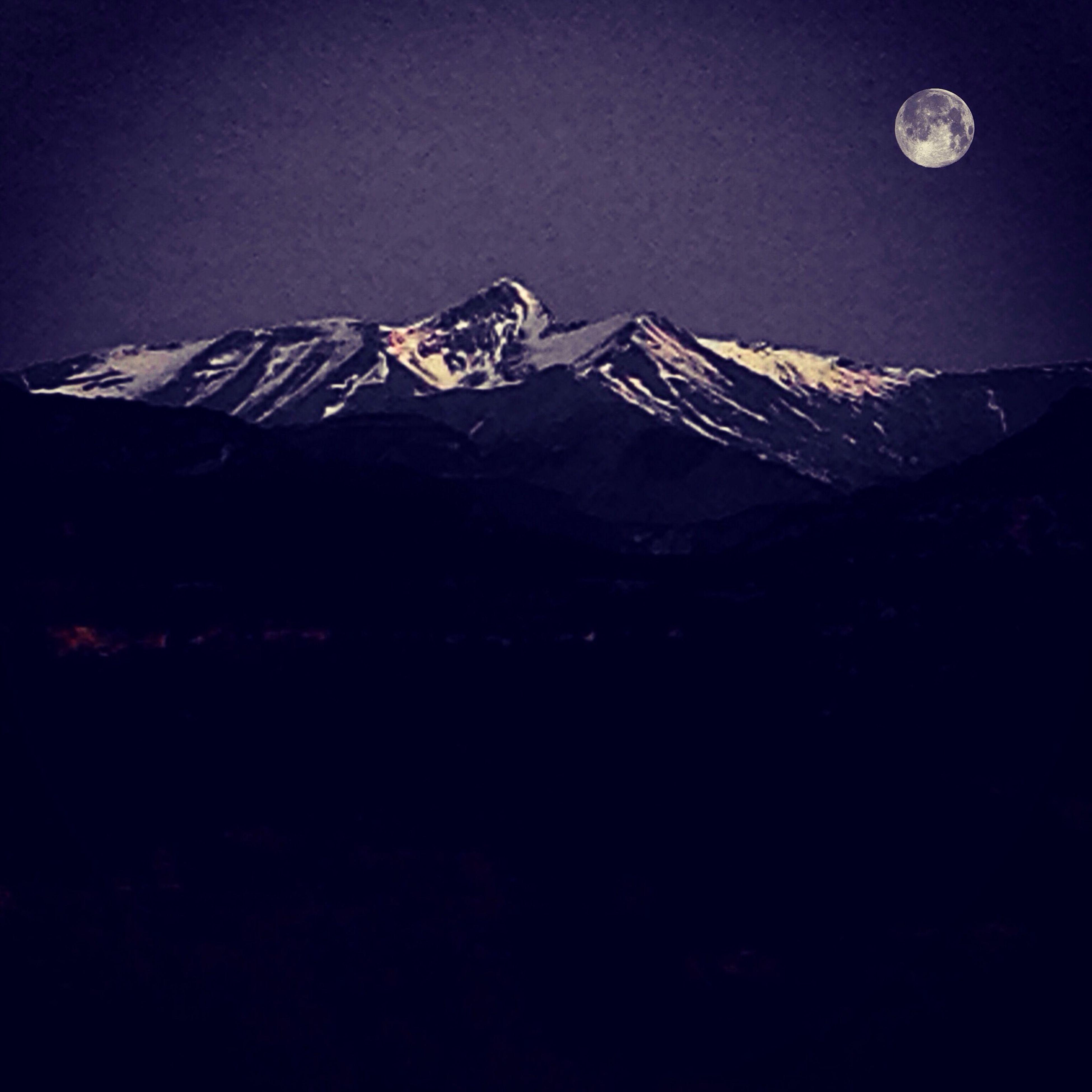 luna, luna llena llena de secretos y de penas Black & White Black And White Full Moon Moonlight Moon Thelightsideofthemoon