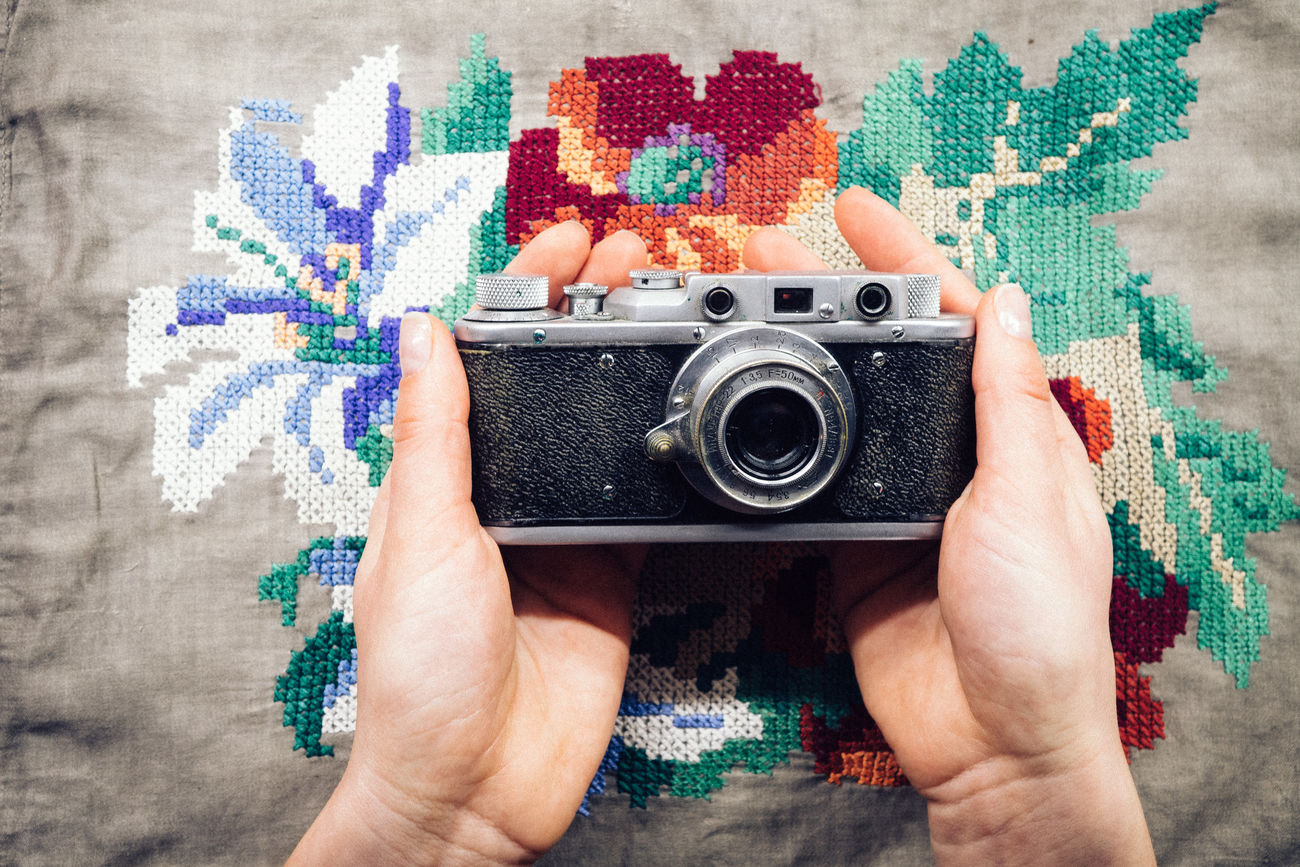 Cherish Camera Camera - Photographic Equipment Cherish  Colors Hands Holding Lieblingsteil Photographing Photography Themes Retro