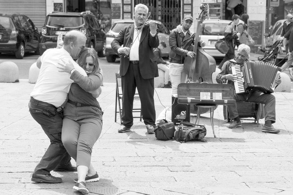 Romantic Street Dance Dance Day Genoa Genova Italy Lifestyles Orchestra Song Street Street Art Street Orchestra Streetdance Streetdancer Tango Tango Dancers Urban