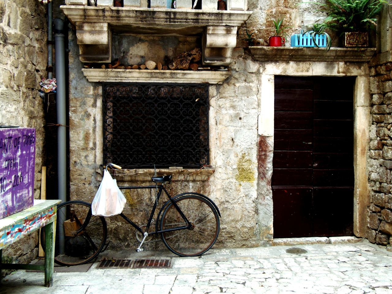 Bicycle Architecture Mode Of Transport Outdoors Building Exterior No People Built Structure Day Croatia ❤