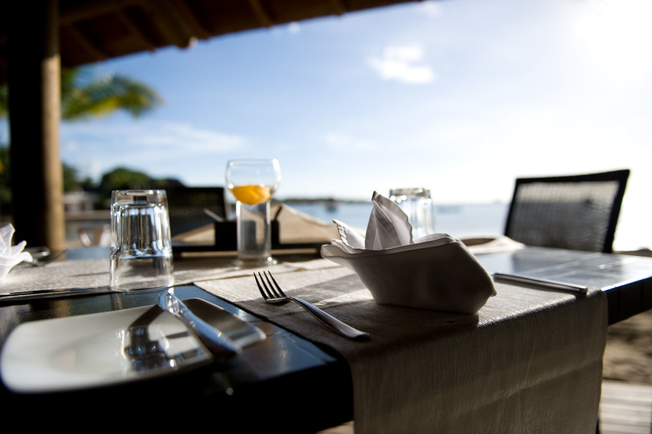 Beautiful stock photos of hotel, Accommodation, Bar, Beach, Cutlery