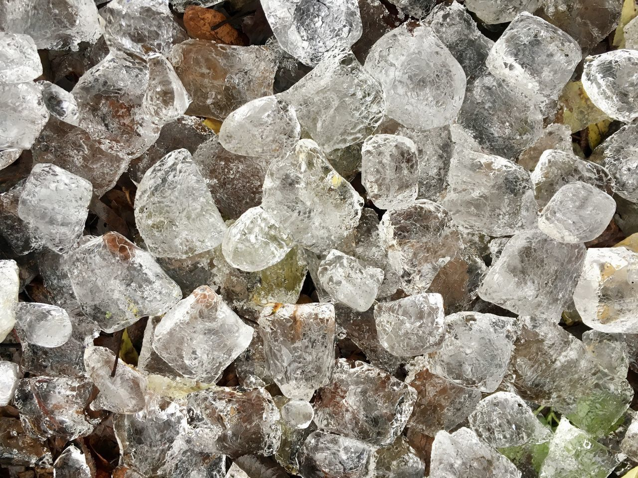 full frame, backgrounds, rock - object, textured, no people, crystal, pattern, close-up, nature, precious gem, outdoors, beauty in nature, day