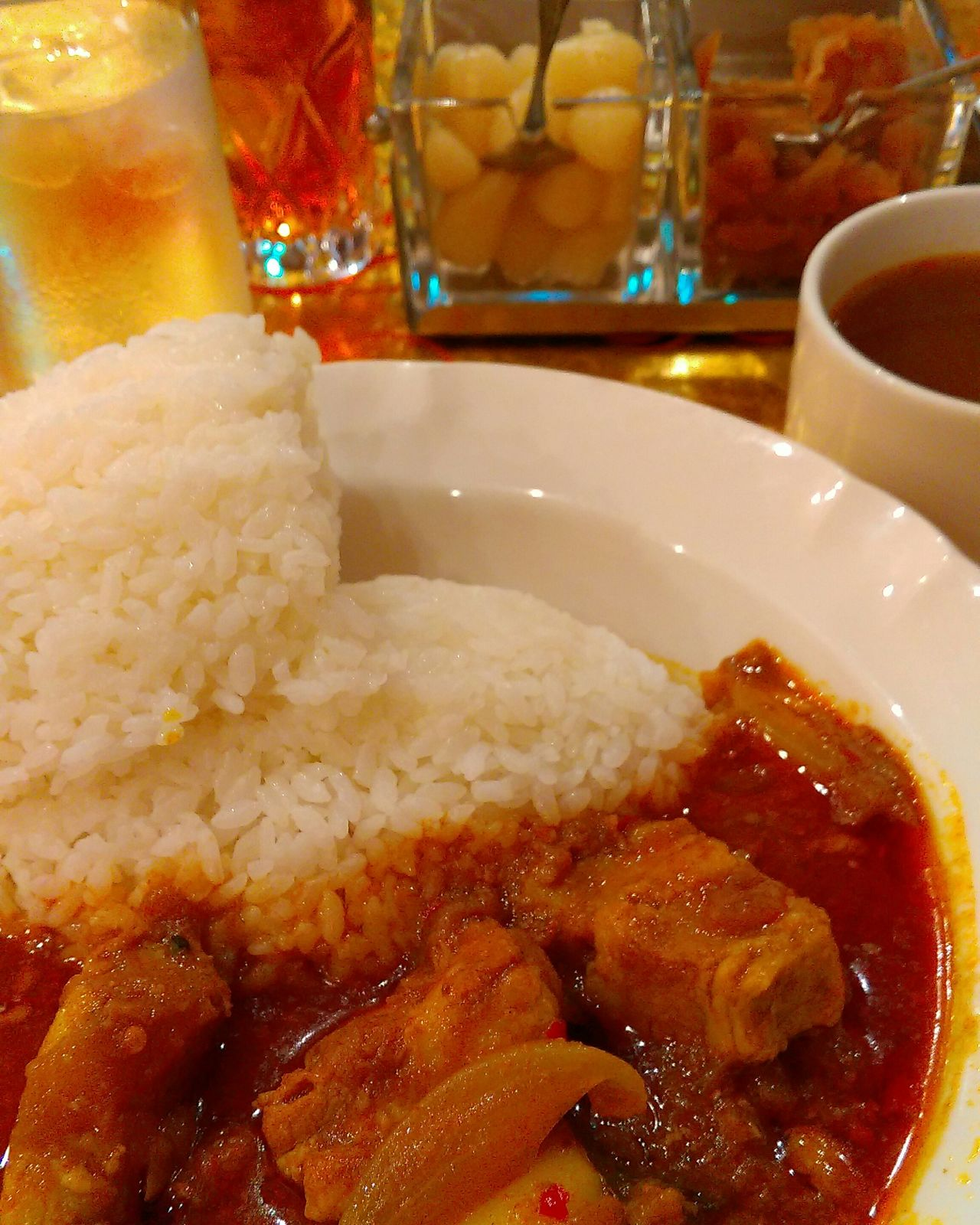 Curry Spiced Up Relaxing Walking Around Taking Photos From My Point Of View Yummy Foodporn In My Mouf Food Enjoying A Meal Foodphotography Delicious Curry Rice Pork Spicy Food インド風ポークカレー!