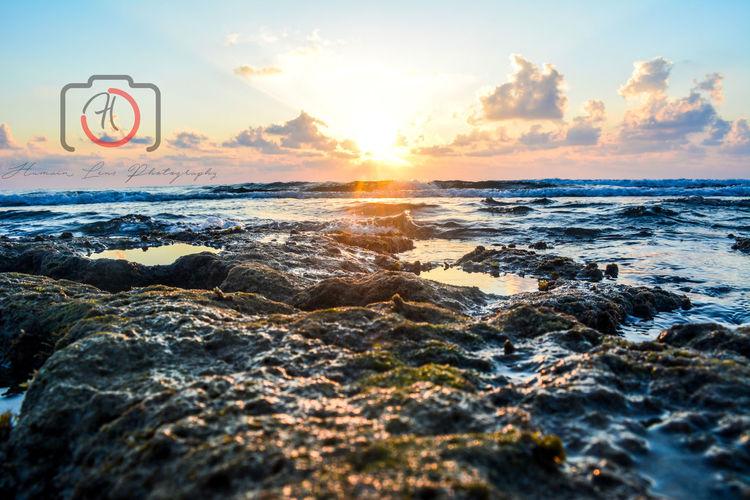 Beautiful sunrise from my Mahdia 😍 HumainLensPhotography Sunlight Sea Beach Sunrise Sunshine Morning Light Morning Sun Morning View