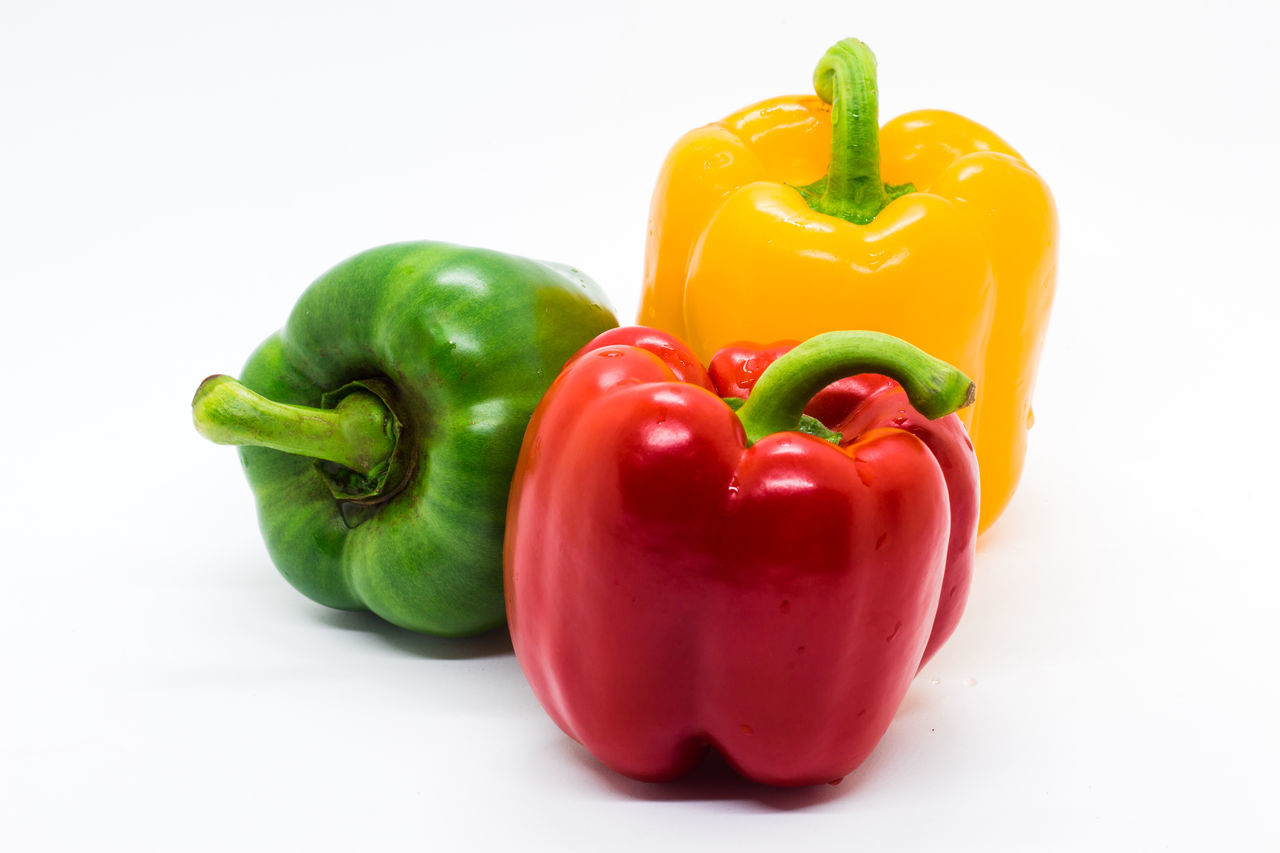 Bell Pepper Food Freshness Green Color Healthy Eating No People Red Red Bell Pepper Studio Shot Vegetable White Background Yellow